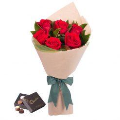 Bó hoa hồng đỏ - Hẹn hò