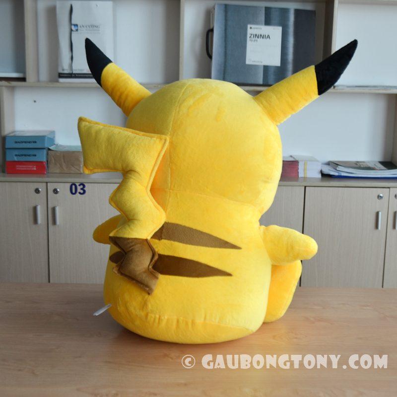 Gấu bông Pikachu ngồi