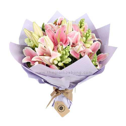 Tặng hoa ly vào ngày phụ nữ Việt Nam
