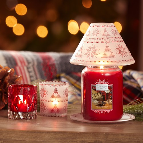 Sưởi ấm căn phòng với nến thơm Yankee Candle