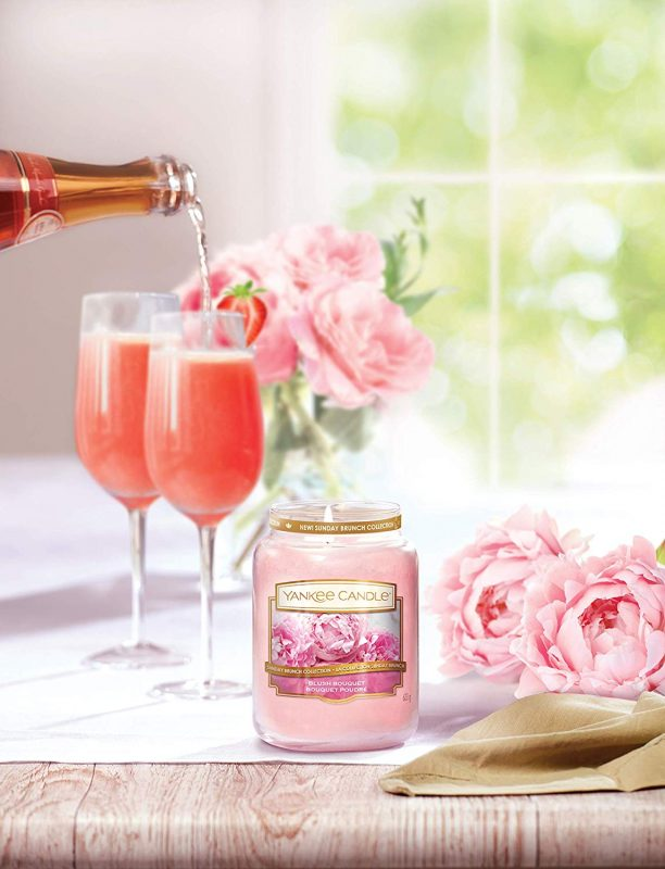 Nến thơm yankee candle Blush Bouquet