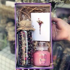 Hộp quà tặng lọ hoa lavender nến thơm yankee candle Fresh cut Roses