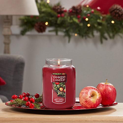 Nến Hũ Yankee Candle Red Apple Wreath