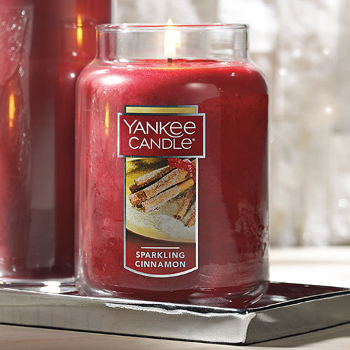 Nến Hũ Yankee Candle Sparkling Cinnamon