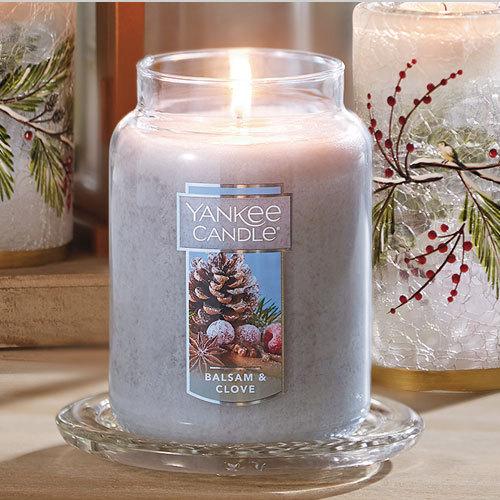 Nến Hũ Yankee Candle Balsam & Clove